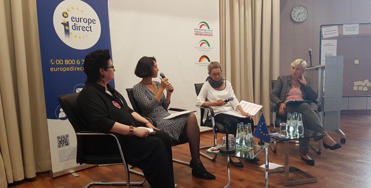 """""""Gleichstellung ist nicht nur am Weltfrauentag"""" – Podiumsdiskussion zur Gleichstellung im Berufsleben in Europa (28.06.2017)"""