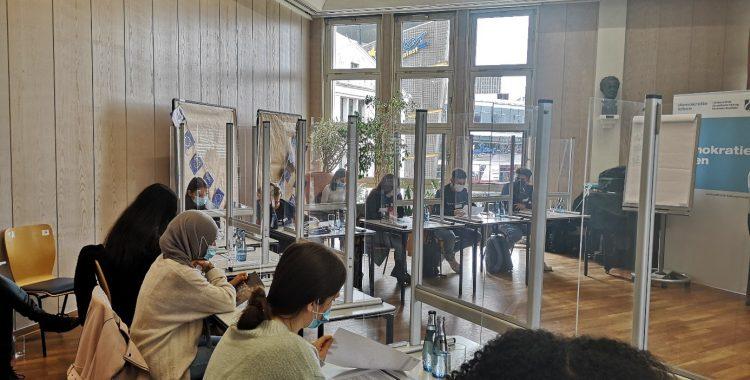 """Planspiel SOS Europa - Asyl- und Flüchtlingspolitik in der EU"" (09.10.2020)"